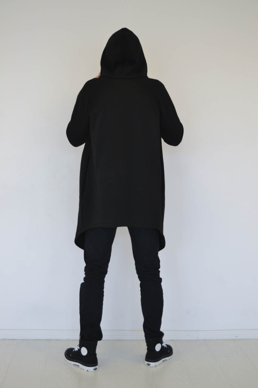 Black Zip up jumper for men and women with hood and side pockets 'WIND'