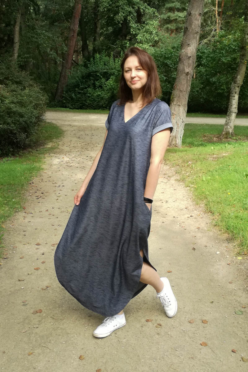 Comfortable long loose dress 'LAGOON'