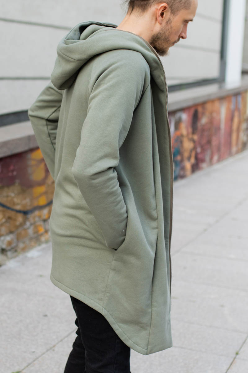 Olive green jumper with big hood and side pockets 'WIND'